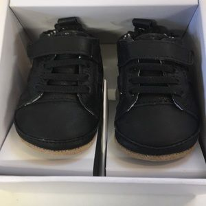 New Robeez First Kicks Leather Shoes